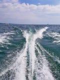 Estela del barco en el lago Michigan Foto de archivo libre de regalías