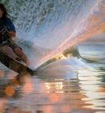 Estela del esquiador del agua Fotos de archivo libres de regalías