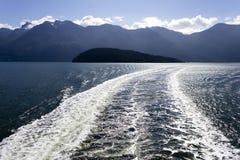 Estela del transbordador de Howe Sound Foto de archivo