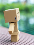 Estenda a boneca da caixa dos braços fotografia de stock royalty free