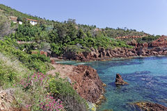 Esterel massif with porphyry rocks, France Royalty Free Stock Photos