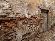 Esterno abbandonato della casa Fotografia Stock Libera da Diritti