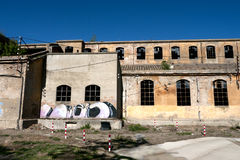 Esterno abbandonato della fabbrica Immagine Stock Libera da Diritti