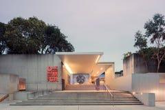 Esterno del museo di arte di Oakland a penombra Immagine Stock Libera da Diritti