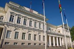 Esterno del palazzo presidenziale nella città di Vilnius, Lituania fotografia stock libera da diritti