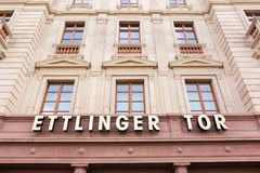 Esterno di Karlsruhe Ettlinger Tor Shopping Center Letters Closeup Fotografia Stock Libera da Diritti