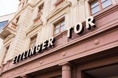 Esterno di Karlsruhe Ettlinger Tor Shopping Center Letters Closeup Fotografia Stock