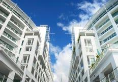 Esterno di lusso dell'appartamento fotografia stock libera da diritti