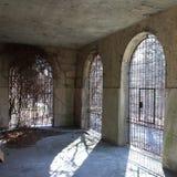 Esterno di un asilo abbandonato dell'ospedale Fotografia Stock