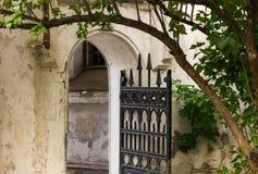 Esterno di vecchia casa Immagine Stock