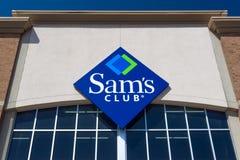 Esterno e logo del club del ` s di Sam fotografia stock libera da diritti