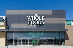 Esterno e logo del mercato di Whole Foods Fotografie Stock