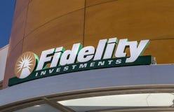 Esterno e logo di Fidelity Investments Fotografia Stock