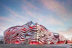 Esterno magnifico del museo automobilistico di Petersen Immagine Stock