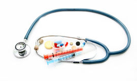 Estetoscópio e preparações farmacológicas diferentes Imagens de Stock