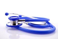 estetoscopio médico azul con el espacio de la copia Imágenes de archivo libres de regalías