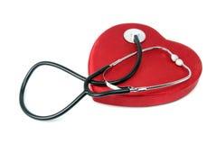 Estetoscopio y corazón Fotos de archivo libres de regalías