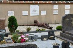 Esteville, Francia - 23 de junio de 2016: cementerio Foto de archivo