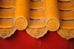 Esthétique de l'architecture de l'Asie sur le toit cuit au four d'argile Photo libre de droits
