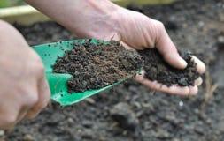 Estiércol vegetal para el jardín Imágenes de archivo libres de regalías