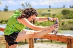 Esticando exercícios Foto de Stock