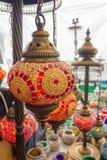Estilo árabe de las lámparas coloridas hermosas del adornamiento Fotografía de archivo libre de regalías
