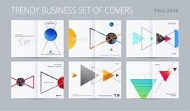 Estilo abstrato do projeto do folheto da dobro-página com triângulos coloridos para marcar Bordo da apresentação do vetor do negó ilustração stock