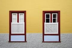 Estilo amarillo de las ventanas Foto de archivo libre de regalías