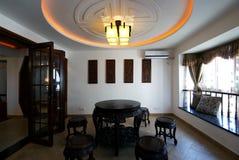 Estilo bastante único de la decoración de la casa Imágenes de archivo libres de regalías