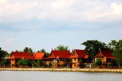 Estilo central da casa de Tailândia imagens de stock