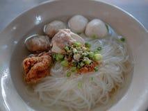 Estilo chinês do macarronete em Tailândia foto de stock royalty free