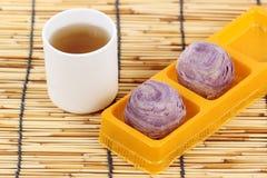 Estilo chinês do pão roxo do Taro Fotos de Stock