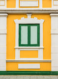 Estilo clásico de la ventana de madera Fotos de archivo libres de regalías
