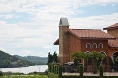 Estilo clásico del italiano del edificio Imagen de archivo libre de regalías