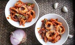 Estilo coreano do alimento - polvo com molho picante Imagens de Stock Royalty Free