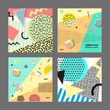Estilo da forma 80s ou 90s retro do vintage Cartões de Memphis Jogo grande Elementos geométricos na moda Cartaz abstrato moderno  Fotografia de Stock