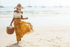 Estilo da roupa da praia de Boho fotografia de stock royalty free