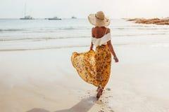 Estilo da roupa da praia de Boho imagens de stock royalty free