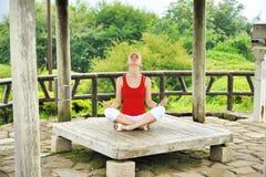 Estilo de la yoga Foto de archivo libre de regalías