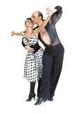 Estilo de Latina de los bailarines de los pares Foto de archivo libre de regalías