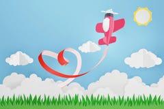 Estilo de papel da arte da fita do coração com voo plano cor-de-rosa no céu, projeto da rendição 3D fotos de stock royalty free