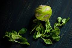 Estilo de vida do ` s do fazendeiro com alimento local Os verdes são bons para a saúde Alimento moderno do vegetariano Imagens de Stock