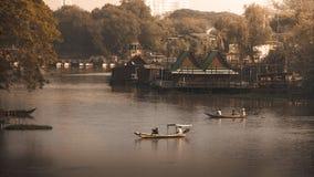 Estilo de vida tailandês do beira-rio Imagem de Stock