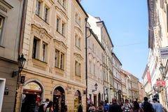 Estilo de vida um pessoa em Praga - República Checa Fotografia de Stock