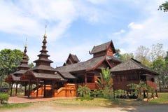 Estilo del norte del architechture de Tailandia de la región foto de archivo