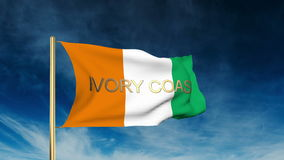 Estilo del resbalador de la bandera de Costa de Marfil con título waving stock de ilustración