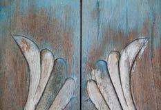 Estilo del vintage de las tallas floral en el modelo inconsútil del árbol en de madera Foto de archivo libre de regalías