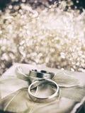 Estilo del vintage de los anillos de bodas Imagen de archivo libre de regalías