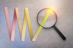 Estilo do corte do papel de gráfico do sucesso com lupa jpg Fotografia de Stock