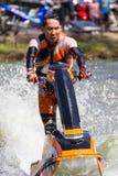 Estilo libre la acción del truco del esquí del jet Fotos de archivo